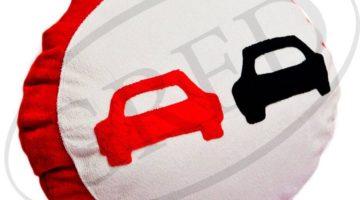 Подушка в автомобиль под голову — знак «Обгон запрещен»